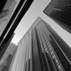 Drucker-東証一部上場企業140m.jpg